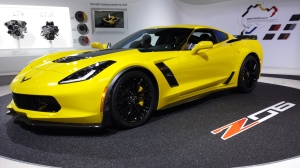 2015_Chevy_Corvette_Stingray_Z06_Debut_at_Detriot_Auto_Show_1
